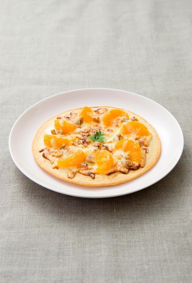 オレンジフルーツピザの写真