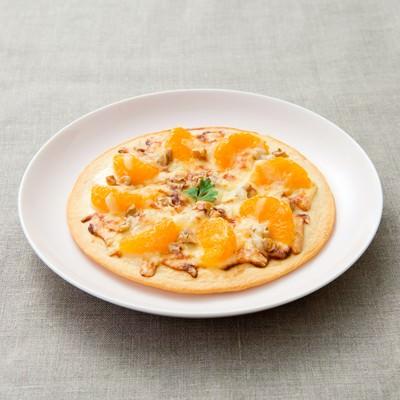「オレンジフルーツピザ」の写真素材