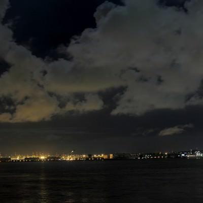 「大黒埠頭の夜景」の写真素材