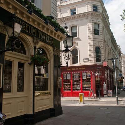 ロンドンのショップと町並みの写真