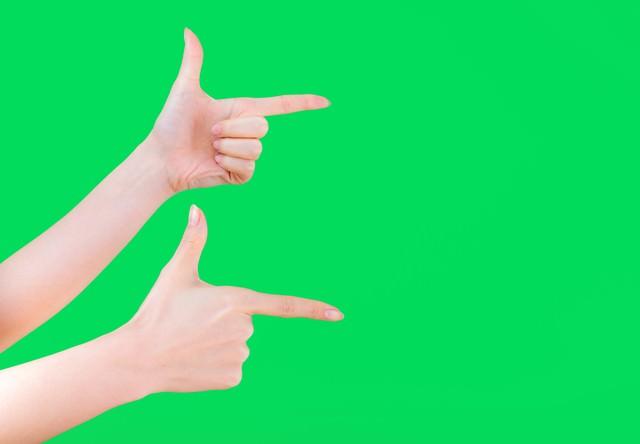【ブリーンバック】両手でゲッツポーズの写真