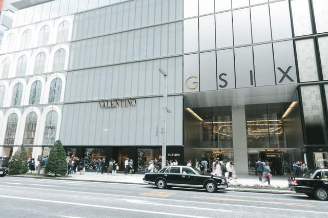 GINZA SIX前(ギンザシックス)の写真