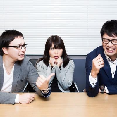 「開発メンバーとの会話が呪文だらけ」の写真素材