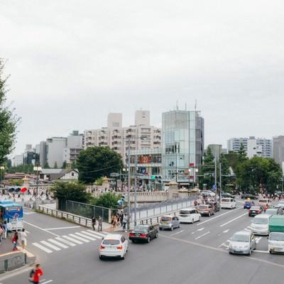 「原宿駅前の交差点」の写真素材