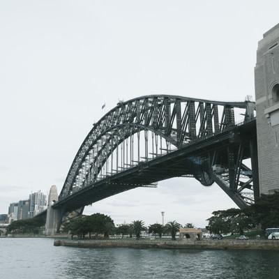 「ハーバーブリッジ(シドニー)」の写真素材