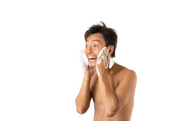 洗顔スッキリ男子の写真