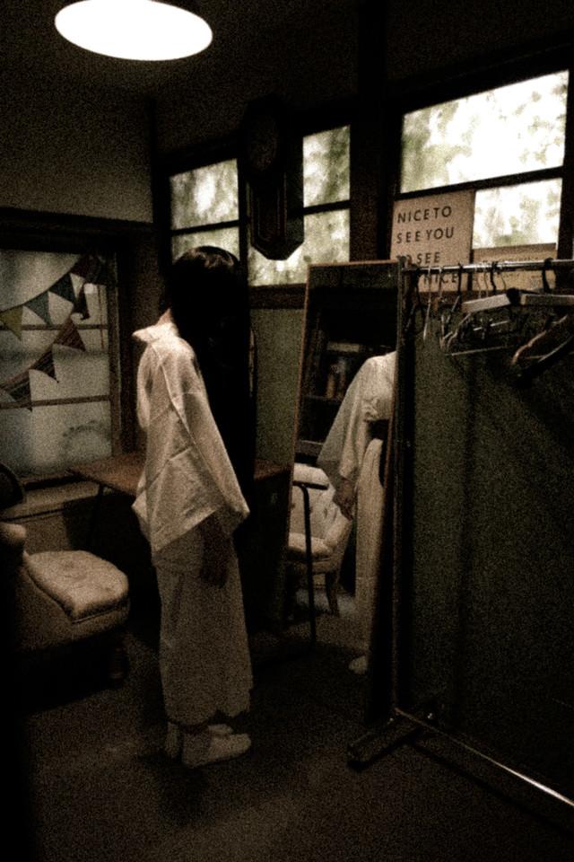 ハロウィンに合わせて白装束を着てみましたの写真