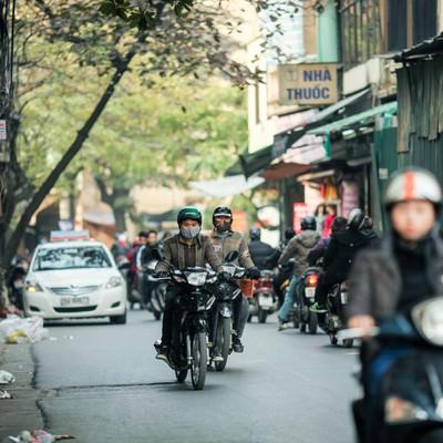 バイク文化の首都ハノイの写真