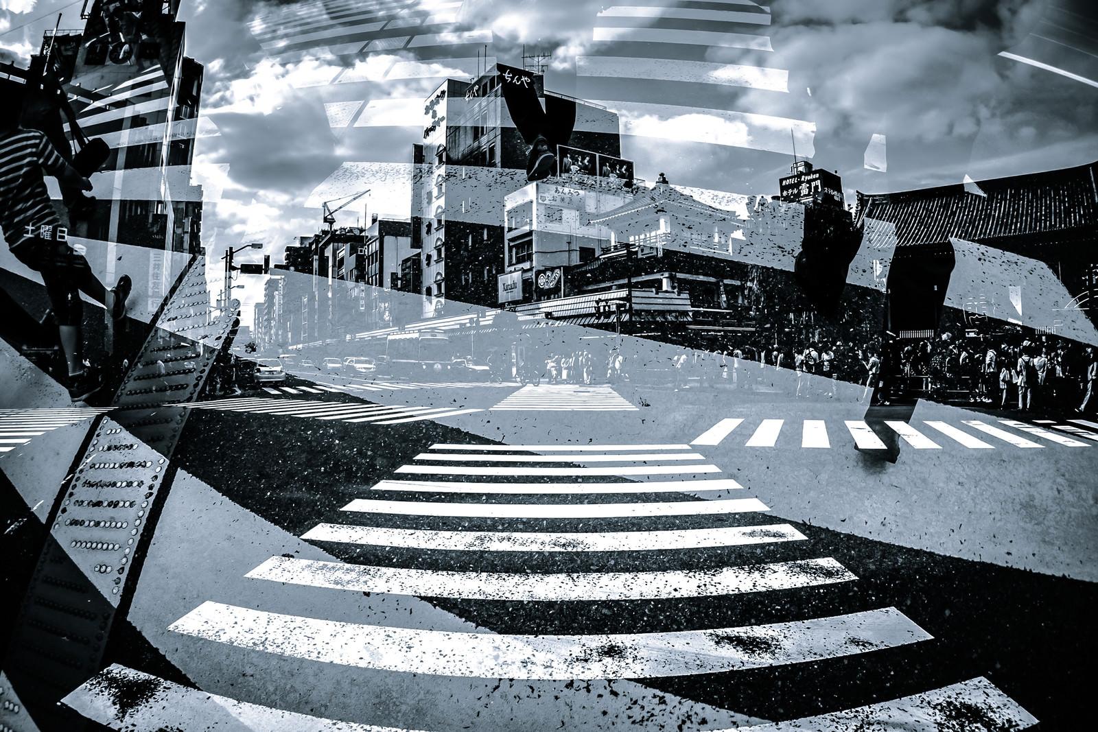 「下町と交差点(フォトモンタージュ)」の写真