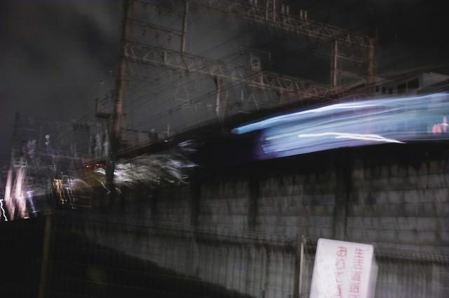 夜間列車が通るの写真