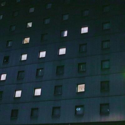 「眠らないホテル」の写真素材