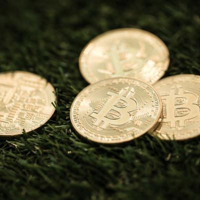 「ビットコインメダル」の写真素材
