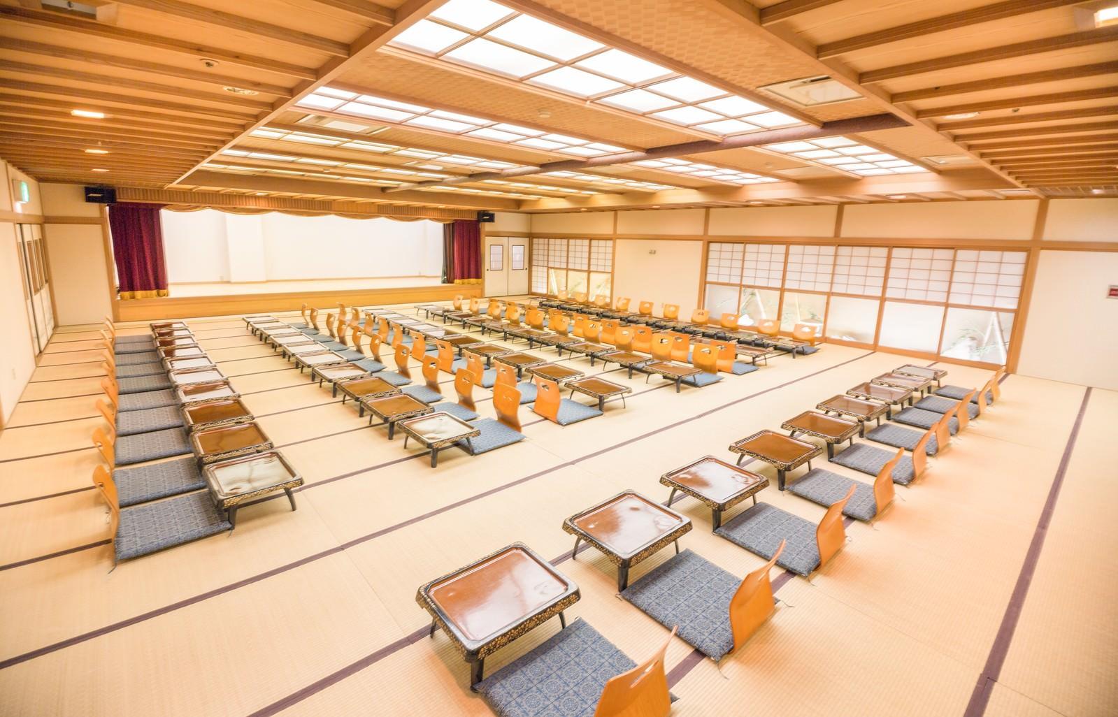 「大宴会場と座席」の写真