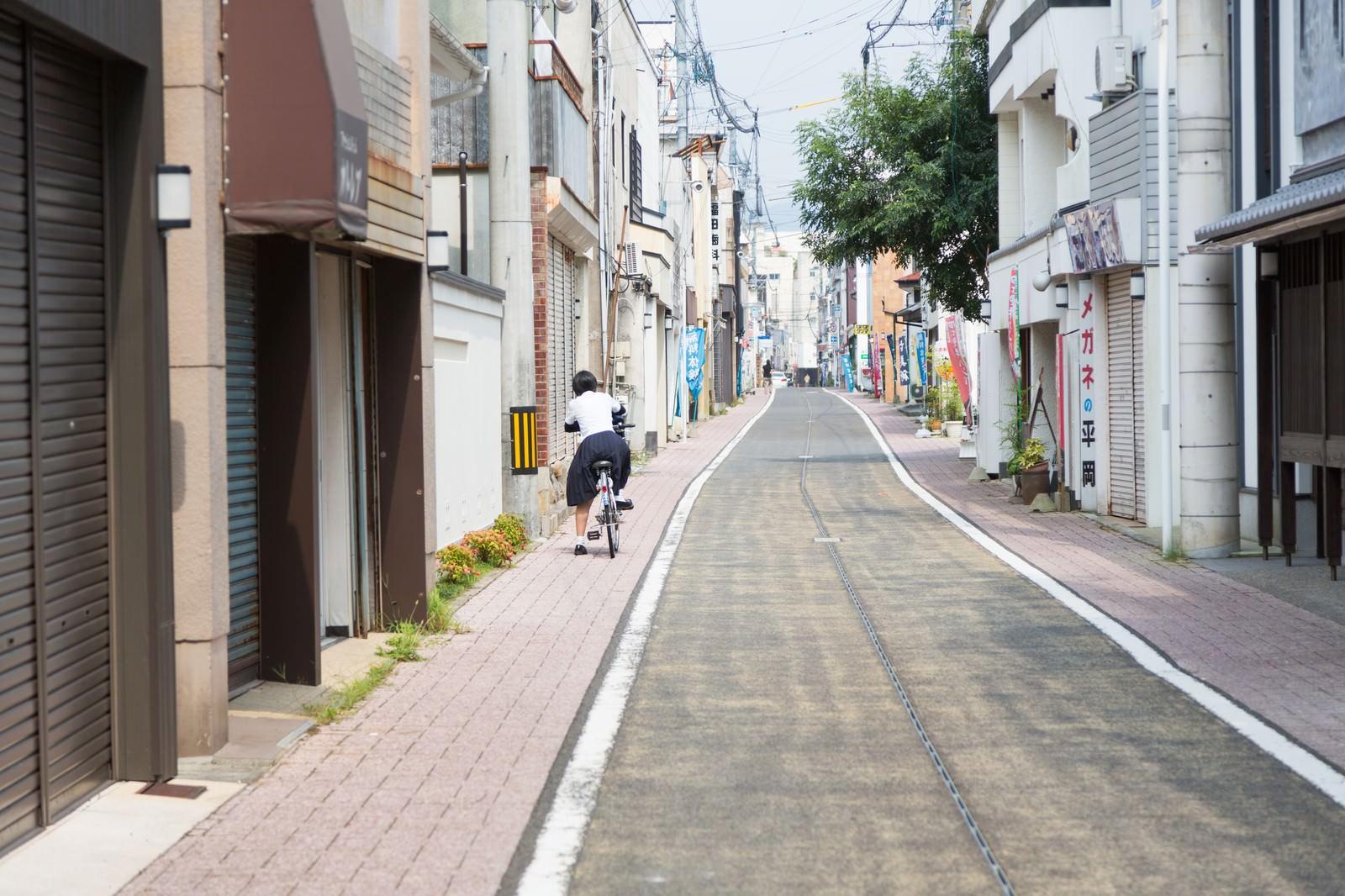 「伊万里市まちなか一番館の通り伊万里市まちなか一番館の通り」のフリー写真素材を拡大