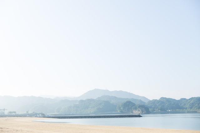 静かな人工海浜公園「イマリンビーチ」の写真