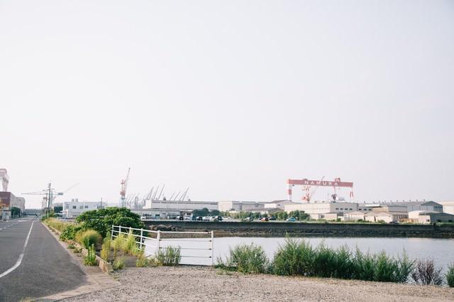 伊万里市を支える造船所の写真