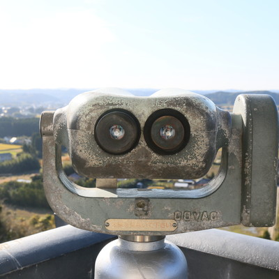 「観光地でよく見かける双眼鏡(無料)」の写真素材