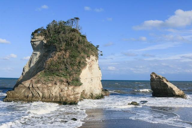 津々ヶ浦の夫婦岩の写真