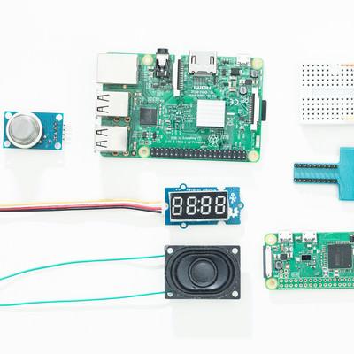 「Raspberry PiとIoTでよく使用するセンサー」の写真素材