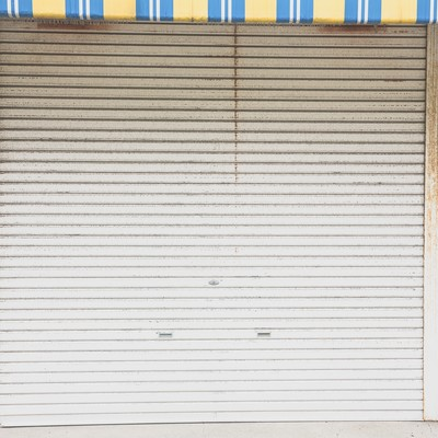 「商店街のシャッター」の写真素材