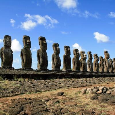 「イースター島のモアイ像」の写真素材
