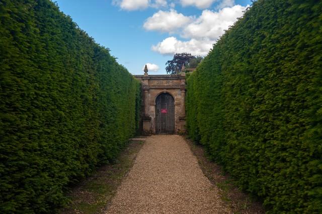 「スードリー城の公園」のフリー写真素材