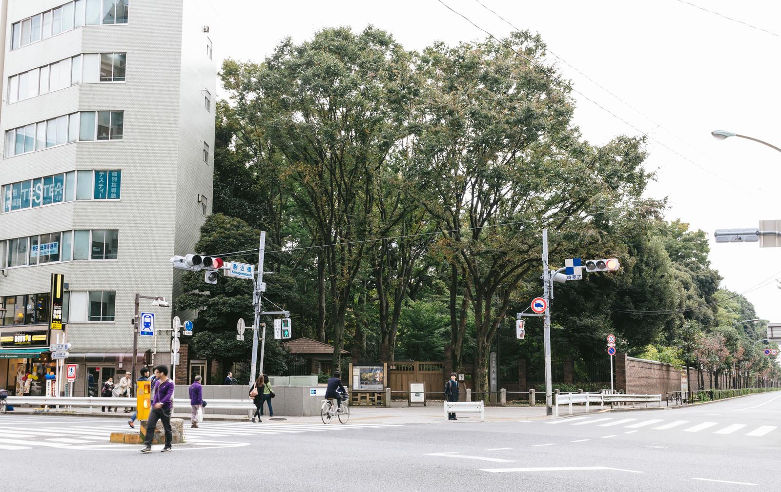 「駒込(六義園前交差点)」の写真