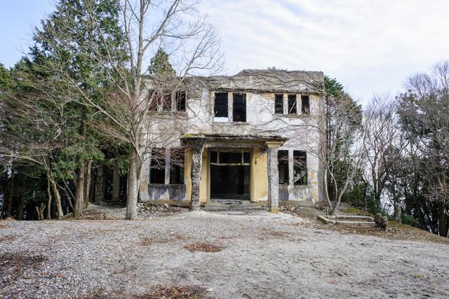 ケーブルカー駅の廃墟(全景)の写真