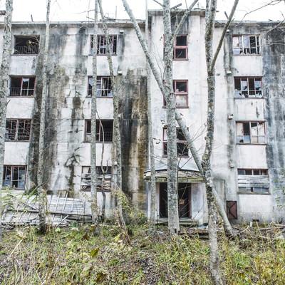 「炭鉱住宅の廃墟」の写真素材
