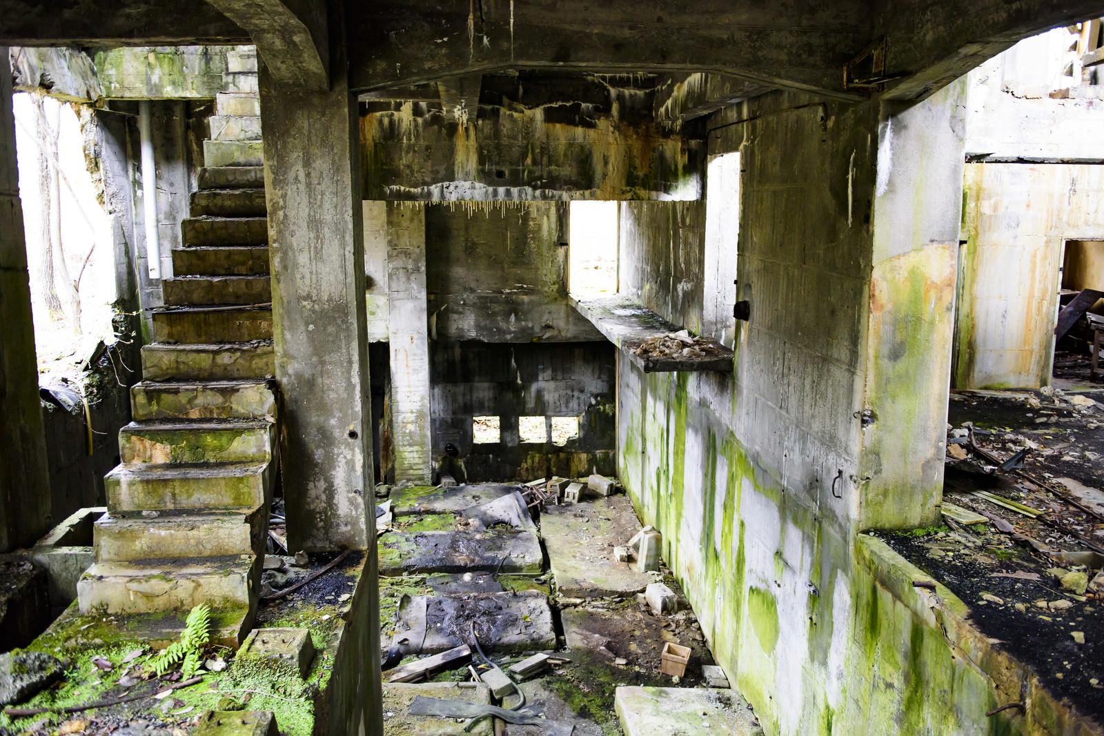 「炭鉱施設の廃墟」の写真