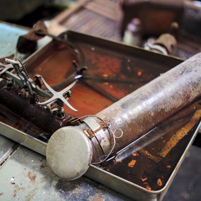「病院廃墟で見かけた医療器具」の写真素材