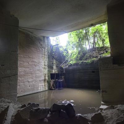 「大谷石採掘場跡」の写真素材