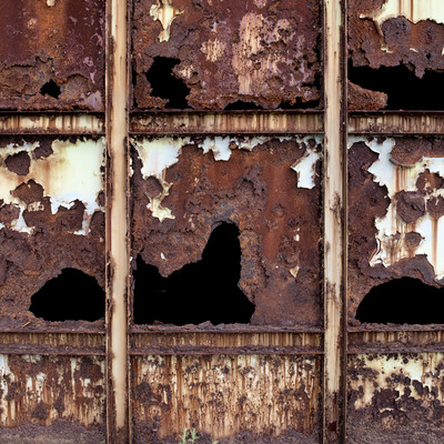 「錆びて腐食した鉄壁」の写真素材