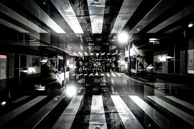 囚われた街(フォトモンタージュ)の写真