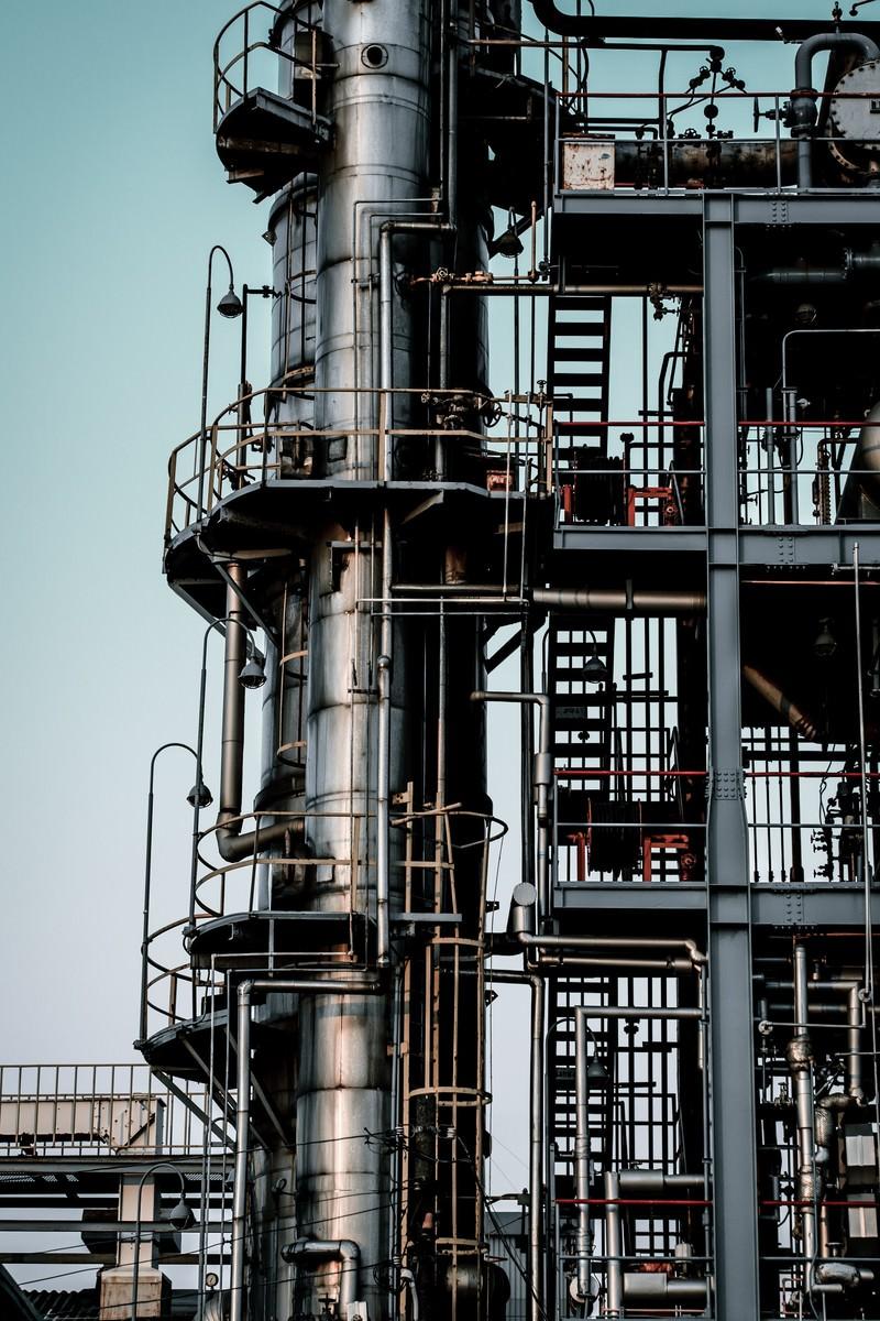 「工場-むき出しの階段」の写真