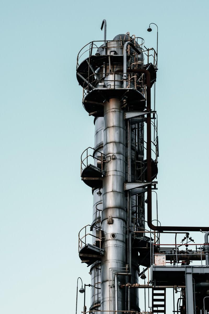 「工場の煙突部」の写真