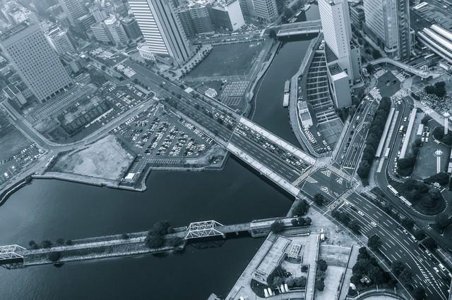 都会の様子の写真