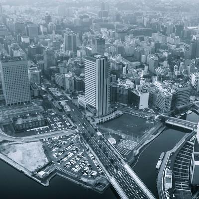 「都会の街並み」の写真素材