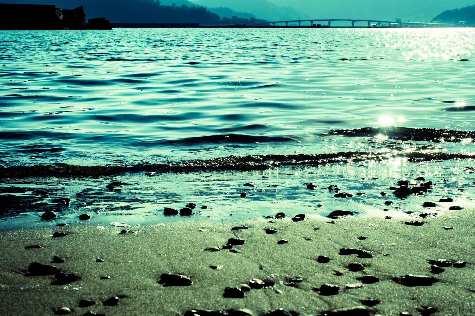 「宇佐湾の浜辺より宇佐湾の浜辺より」のフリー写真素材を拡大
