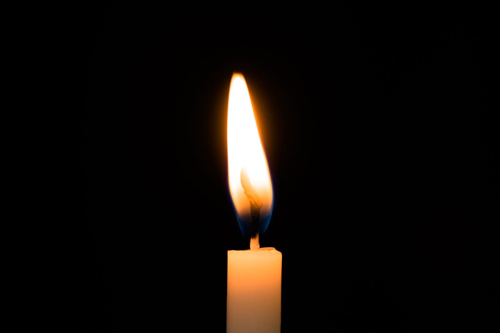「ろうそくの炎」の写真