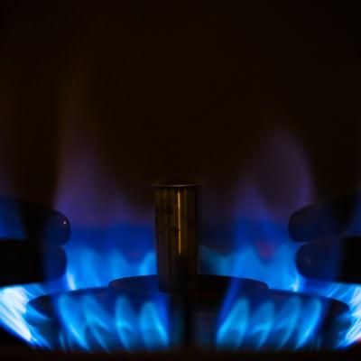 「ガスコンロの青い炎」の写真素材