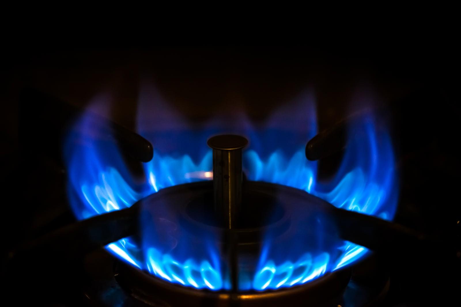 「ガスコンロの強火(青い炎)」の写真