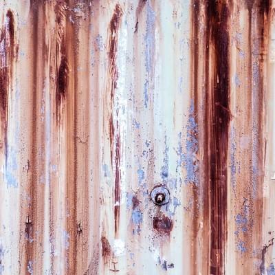 「サビて木目に見える壁」の写真素材