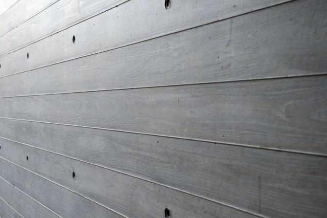 木目板の柵(壁)の写真