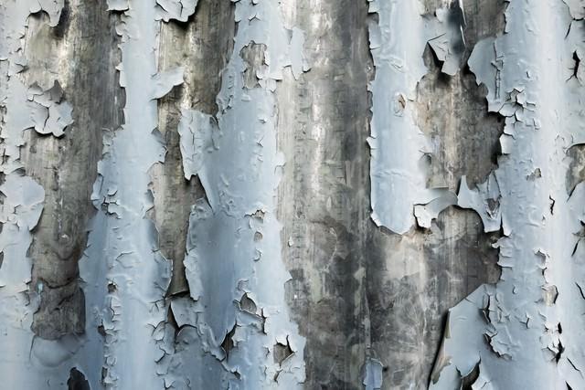 ボロボロのトタン壁(テクスチャー)の写真