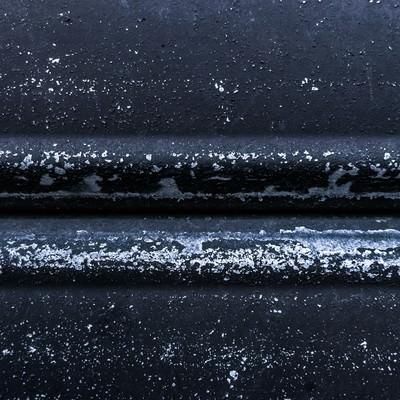 「黒い塗装が取れる」の写真素材