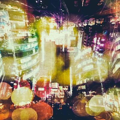 「繁華街と夜の光(フォトモンタージュ)」の写真素材
