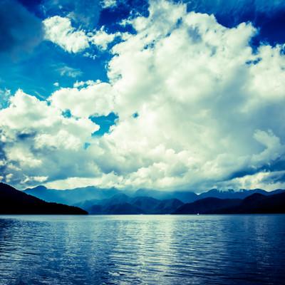 「中禅寺湖」の写真素材