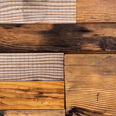 「模様が異なる木のテーブル」の写真素材