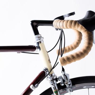「ロードバイクといえばやっぱりドロップハンドル」の写真素材